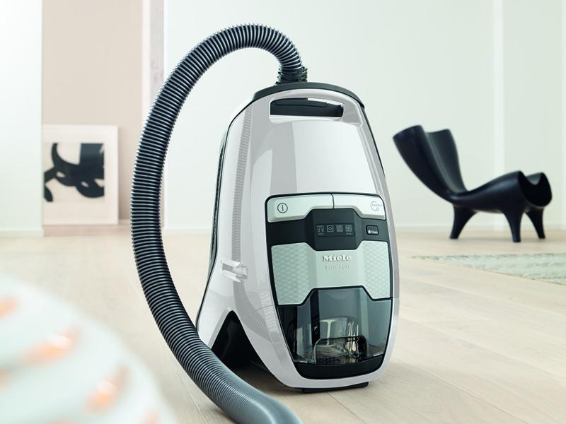 Miele Bagless Vacuum Cleaner